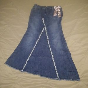 Candie's blue jean skirt
